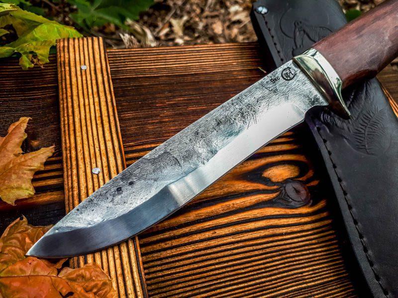 aaknives-hand-forged-damascus-steel-blade-knife-handmade-custom-made-knife-handcrafted-knives-autinetools-northmen-2-2-5