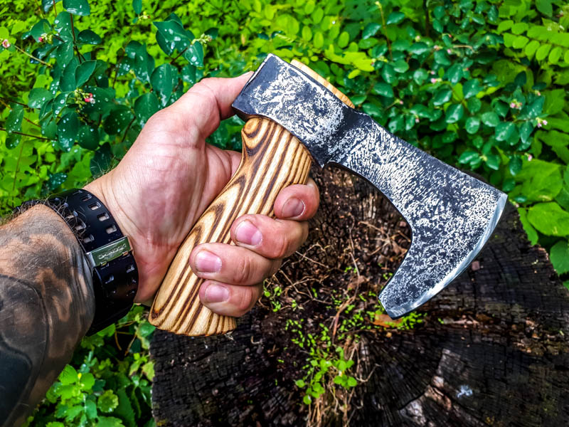 aaknives-hand-forged-damascus-steel-blade-knife-handmade-custom-made-knife-handcrafted-knives-autinetools-northmen-3-12